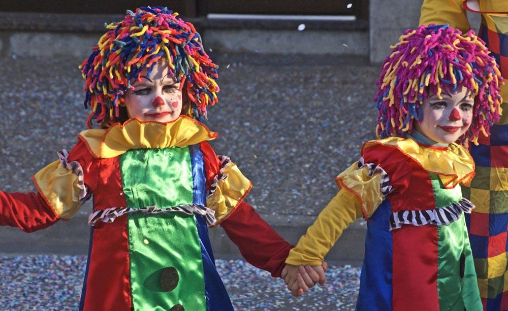 Two clown kids